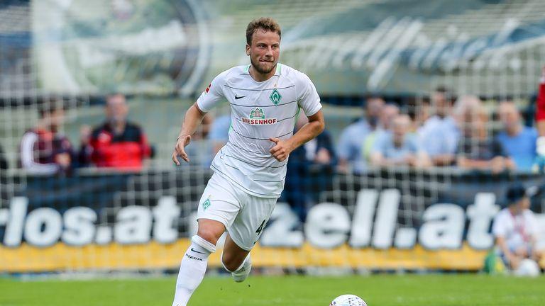 Philipp Bargfrede verlängert seinen Vertrag bei Werder Bremen.