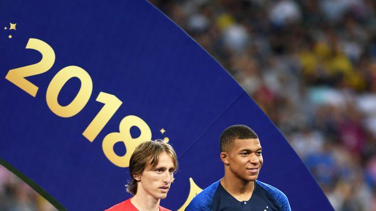 Zwei Spieler, die der WM ihren Stempel aufgedrückt haben: Luka Modric (l.) und Kylian Mbappe.