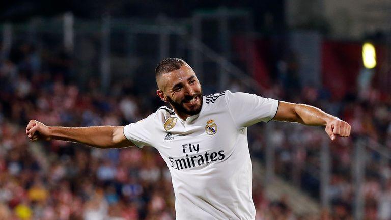 Karim Benzema trifft doppelt für Real.