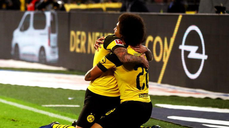 Beim Duell zwischen Borussia Dortmund und dem FC Bayern gab es auch für die Zuschauer viel Grund zur Freude.