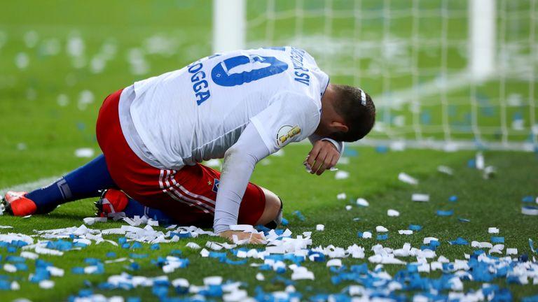 Hamburger SV (Platz 1.-8.): Nach dem geplatzten Pokal-Traum ist auch der Aufstieg noch lange nicht ausgemacht. Sogar Achter könnten die Hanseaten noch werden.