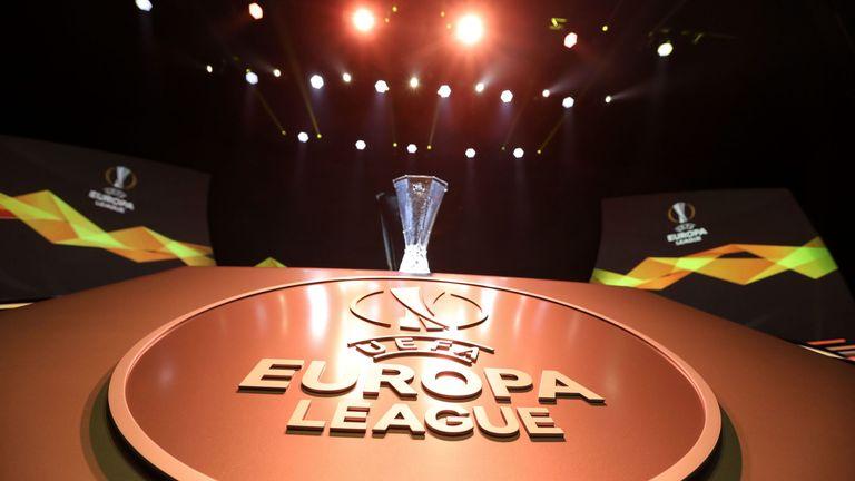 videobeweis in der europa league europa conference league kommt 2021 fussball news sky sport videobeweis in der europa league