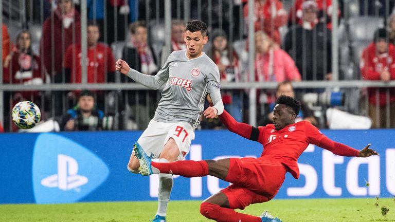 Linksverteidiger - Alphonso Davies: Die Abwehrsorgen der Bayern bescheren Davies derzeit viel Einsatzzeit. Seine offensiven Impulse beleben das Spiel, in der Defensive ist der junge Kanadier allerdings noch sehr anfällig.