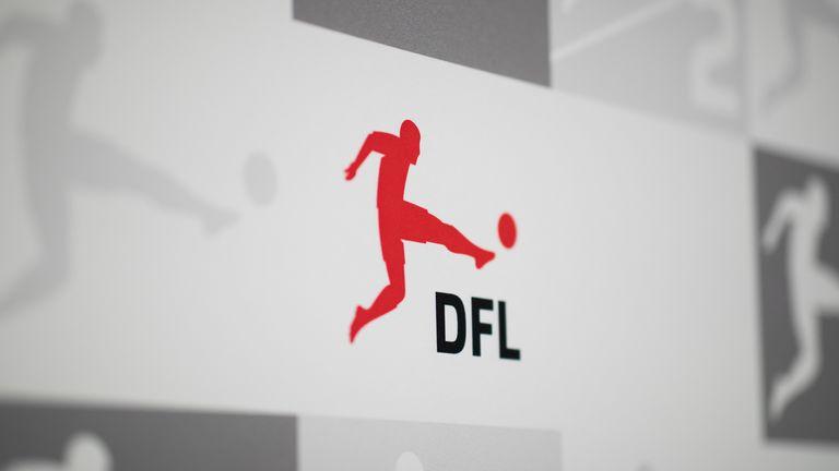 Die Deutsche Fußball Liga (DFL) folgt den politischen Anweisungen.