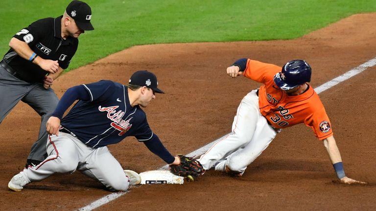 Houston Astros gleichen die Serie gegen Atlanta Braves aus.